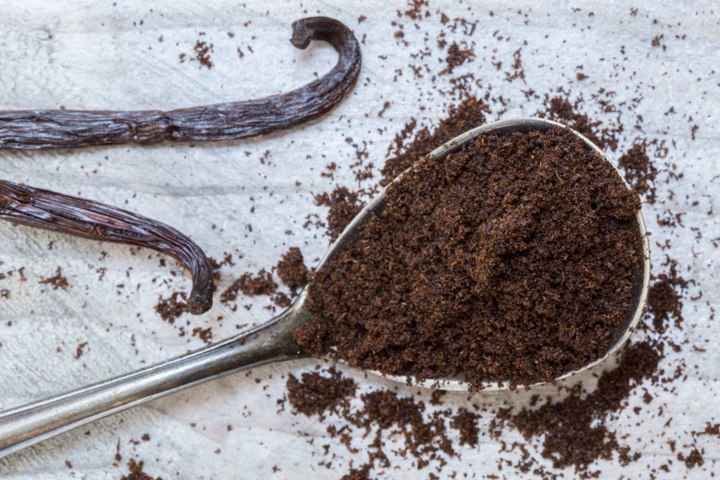 Make vanilla bean powder homemade